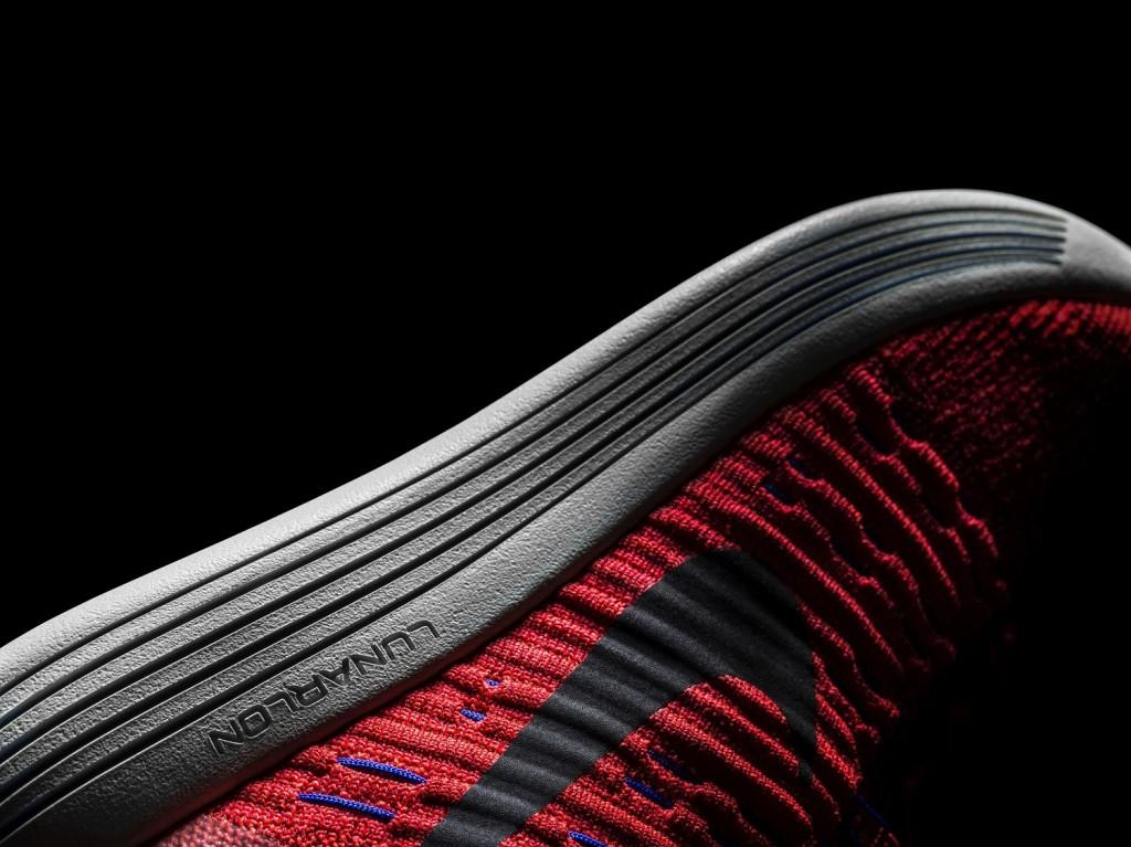 Nike LunarEpic Flyknit_Lunarlon construction